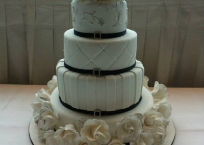 Engagement & Wedding Cakes